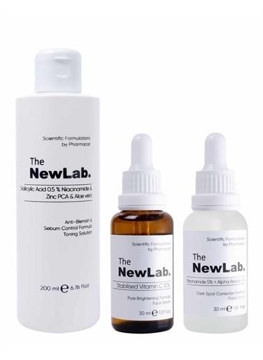 The NewLab Leke Önleyici, Aydınlatıcı ve Gözenek Sıkılaştırıcı Cilt Bakım Seti Renksiz